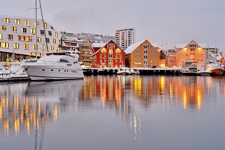 De haven van Tromsø