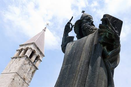 Grgur Ninski in Split
